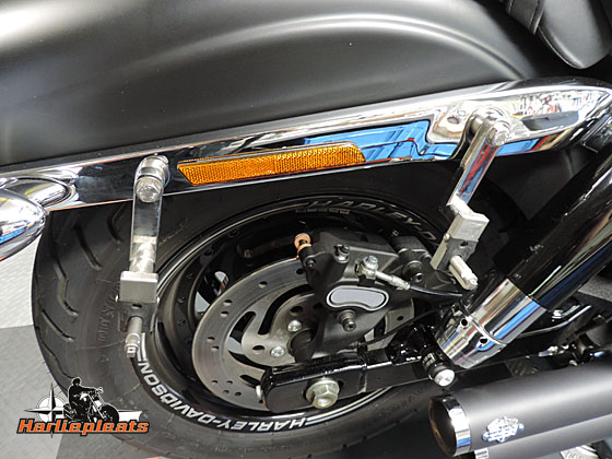 hard saddlebags fatbob denim montagebrackets