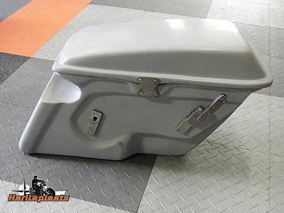 hard saddlebags fatbob primer achterzijde