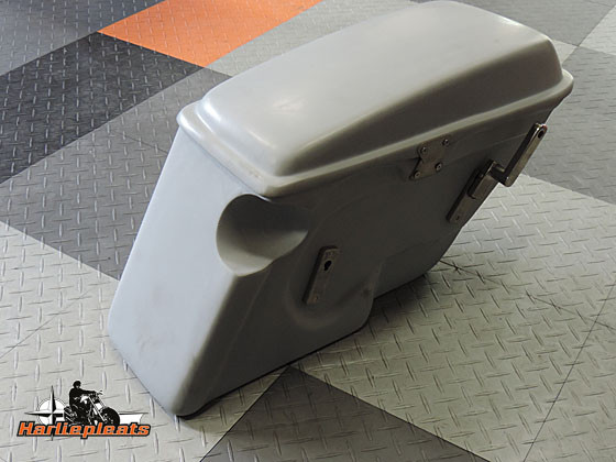 hard saddlebags fatbob primer turn signal cut out