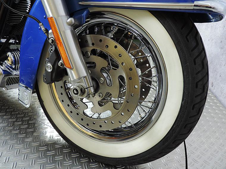 FLHRC Roadking classic 212 blue front wheel