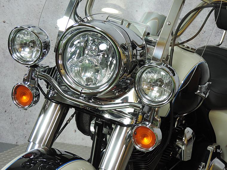 FLHRC Roadking classic 2014 passing lamps