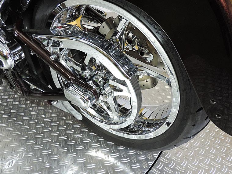 FLSTSE2 CVO softail convertible achterwiel