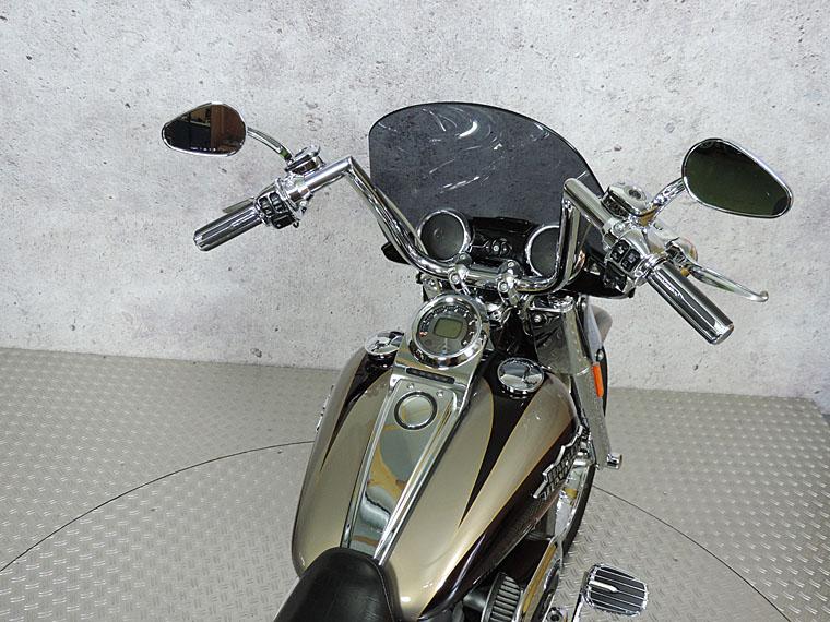 FLSTSE2 CVO softail convertible handlebar achter
