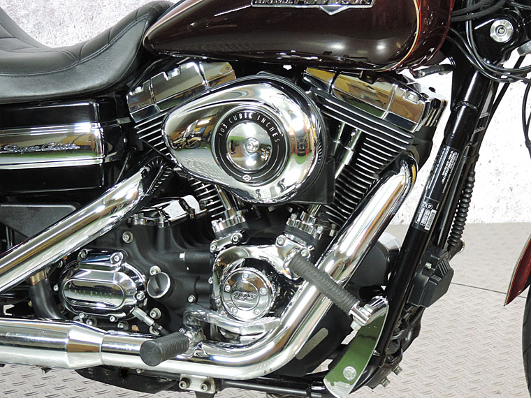 FXDC Dyna superglide custom 2014 engine
