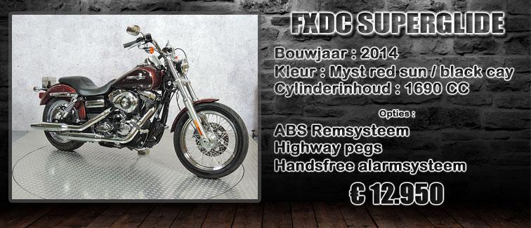 FXDC Dyna superglide custom uit 2014 te koop bij Harliepleats