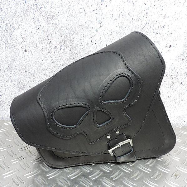 Leren-zijtas-sportster-skull